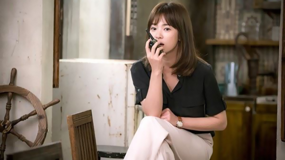 All the Designer Pieces Song Hye Kyo Wore on 'Descendants of the Sun'