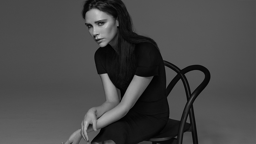 Here's How to Do Your Makeup Like Victoria Beckham