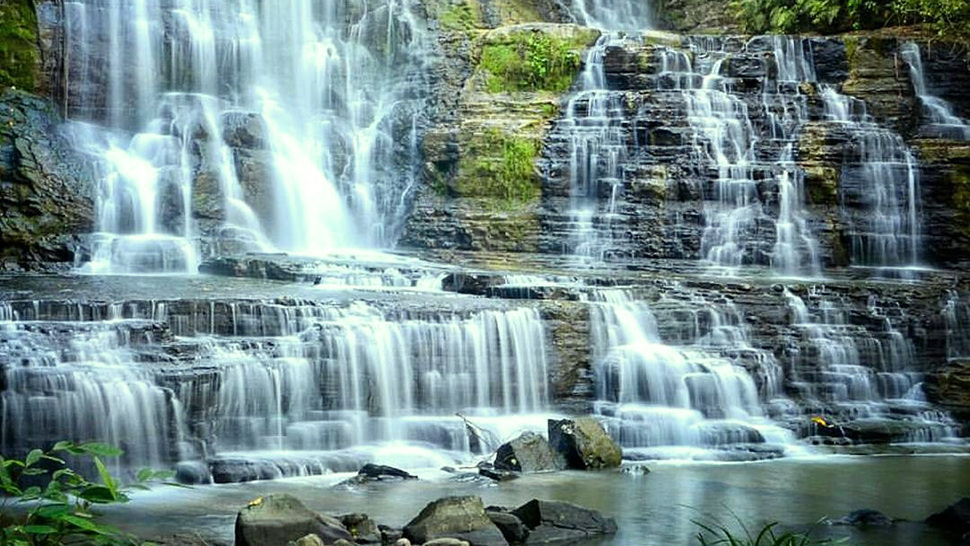 10 Gorgeous Waterfalls In The Philippines