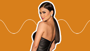 Pia Wurtzbach Reveals How She Does Her Own Pageant Makeup