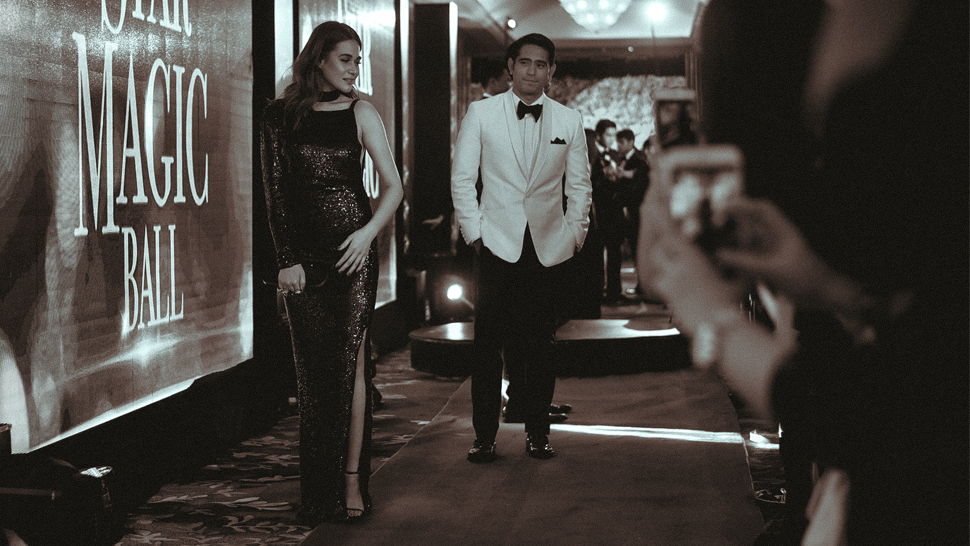Red Carpet Scenes at the #StarMagicBall2016
