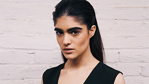 This Girl Who Used To Be Bullied Because Of Her Bushy Eyebrows Is Now A Model On The Rise