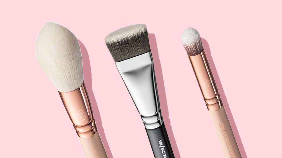 Makeup Brushes 101: Face Brushes
