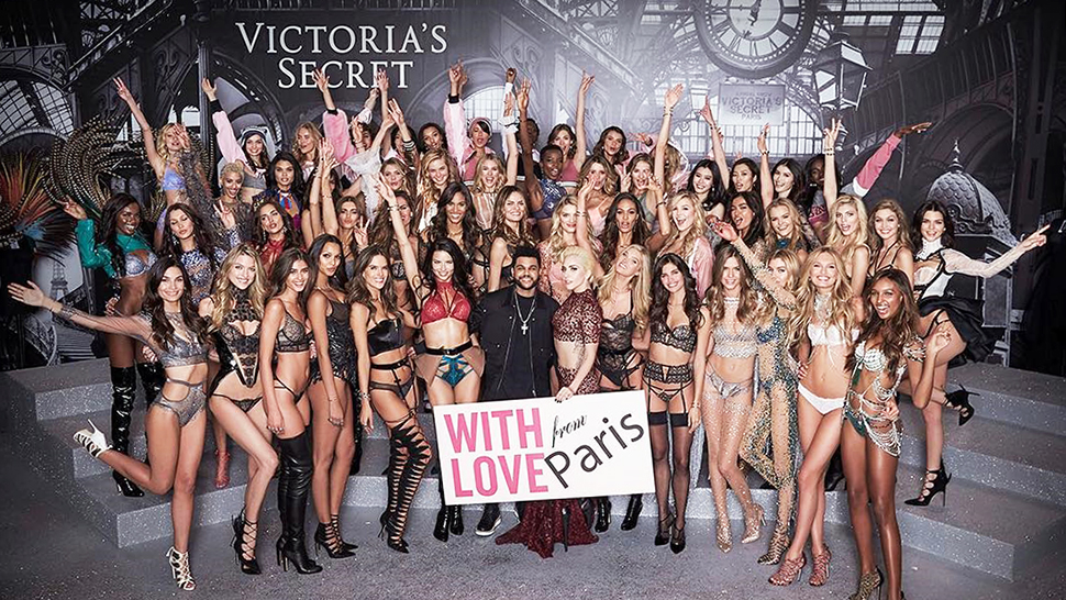 10 Things That Caught Our Attention At The 2016 Victoria's Secret Fashion Show