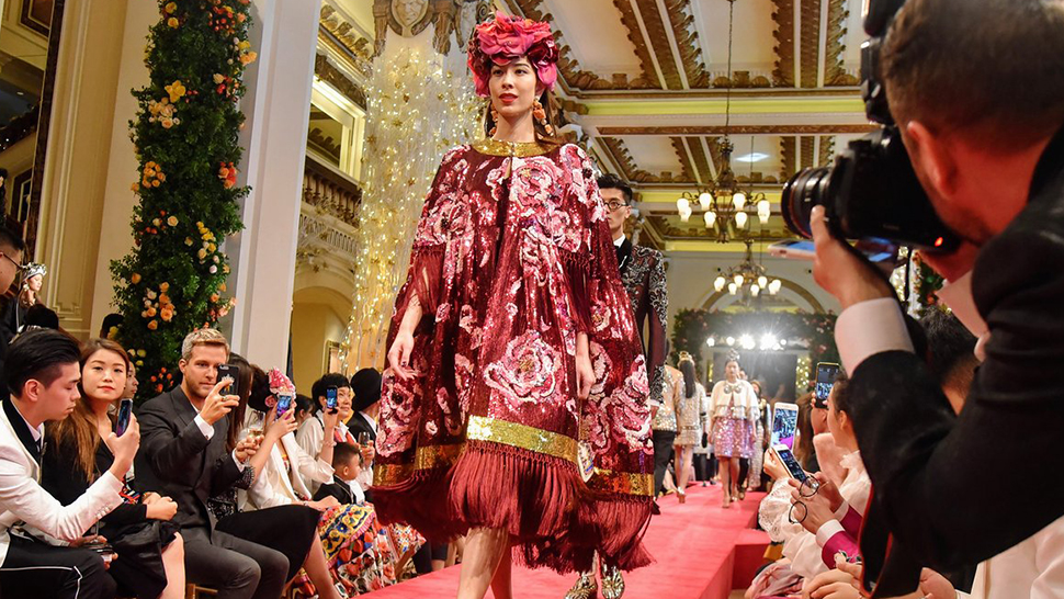 Dolce & Gabbana Stages Its First Runway Show Outside Italy