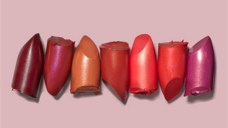 Beauty Emergency Hack: How To Save Your Broken Lipstick