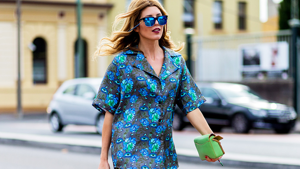 15 Cool Ways To Wear The Hawaiian Shirt