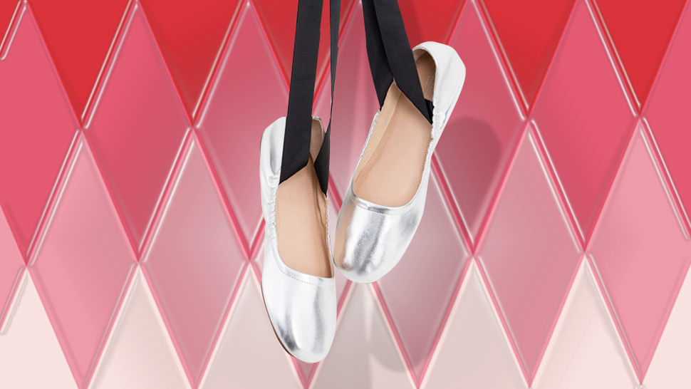 10 Fashionable Flats Perfect For Your Holiday Parties