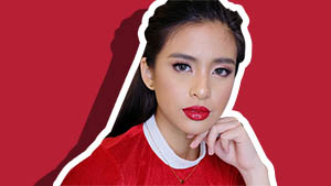 This Is How To Make Your Red Lip Last Through Noche Buena