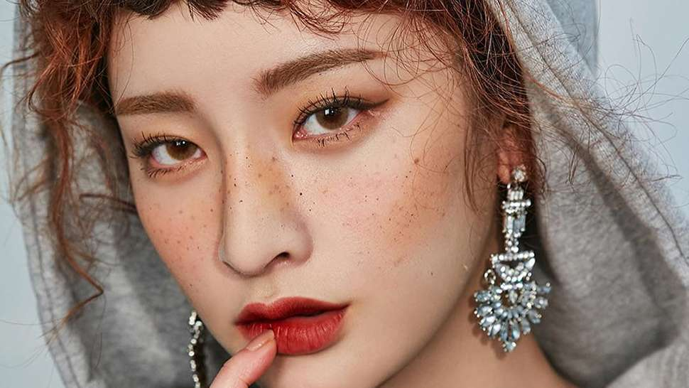 How To Get Korean Straight Eyebrows Without Plucking