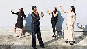 How To Take The Perfect Group Photo