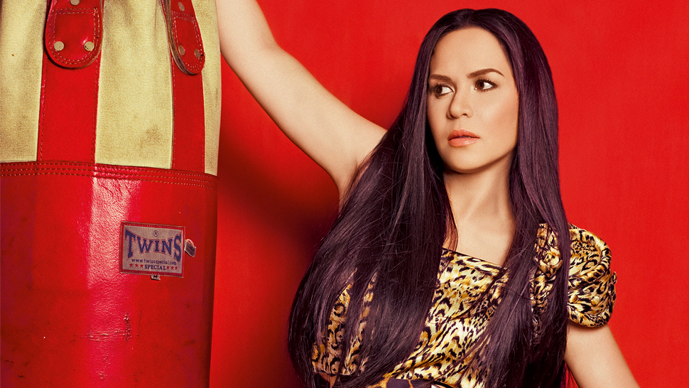 #throwback: Jinkee Pacquiao Goes Wild For Her First Preview Cover