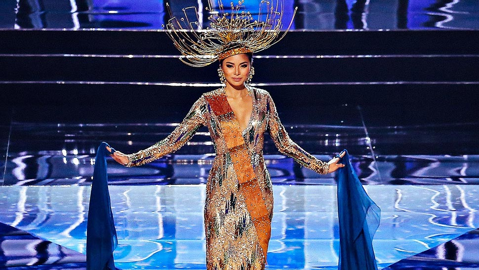 What We Can All Learn From Maxine Medina's Mistake About the Terno's History