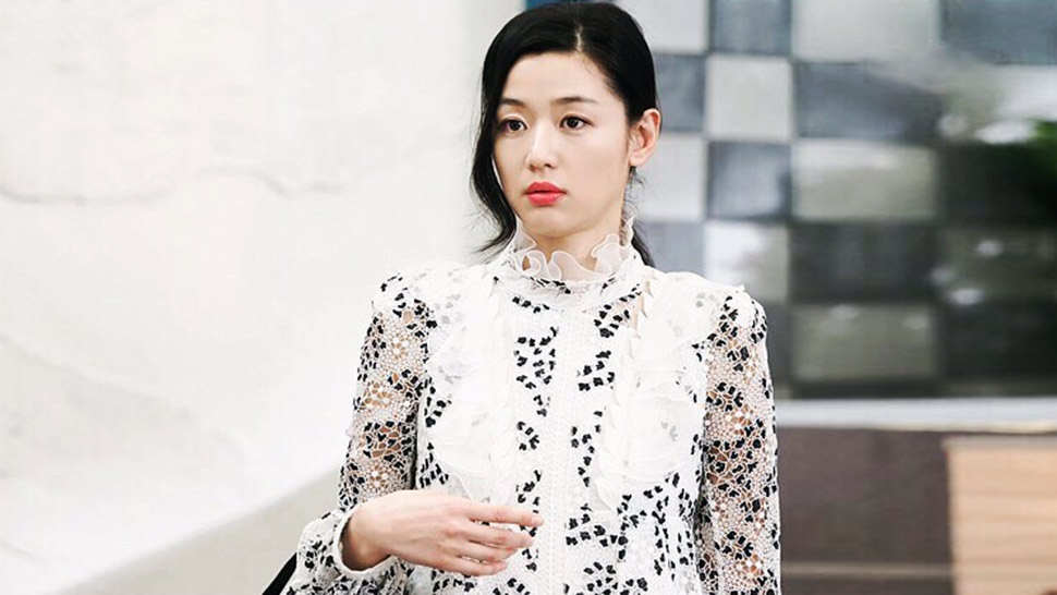 You'll Be Amazed by How Much Jun Ji Hyun's Wardrobe Costs in The Legend of the Blue Sea