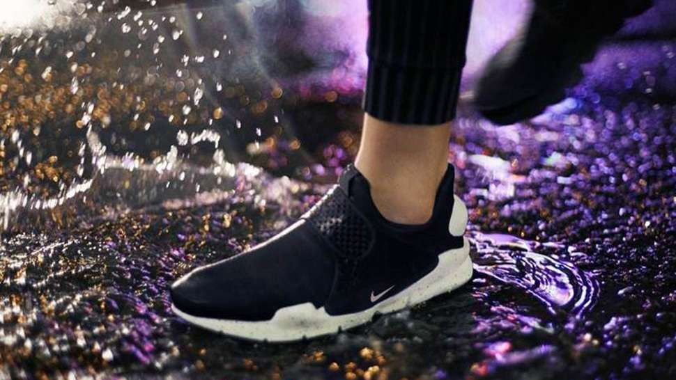 Nike's Classic Sock Dart Sneaker Is Now Waterproof!