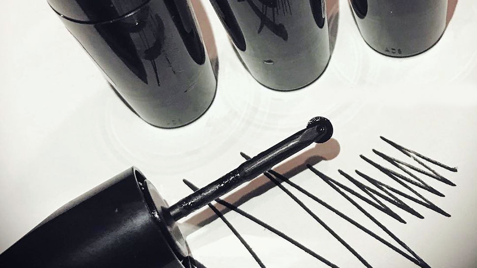 MAC Cosmetics Is Releasing a New Eyeliner and It Looks a Lot Like a Pizza Cutter