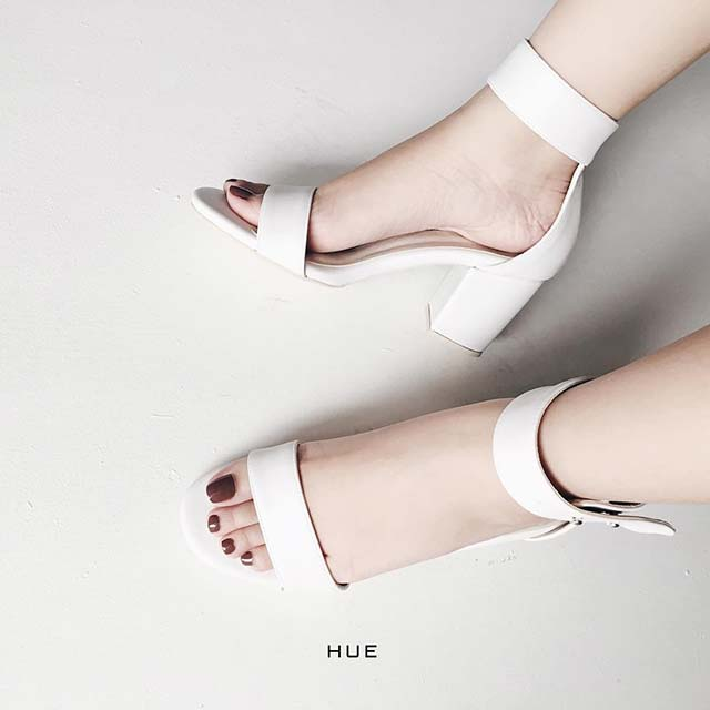 Your Feet Look Gorgeous Shoes Price