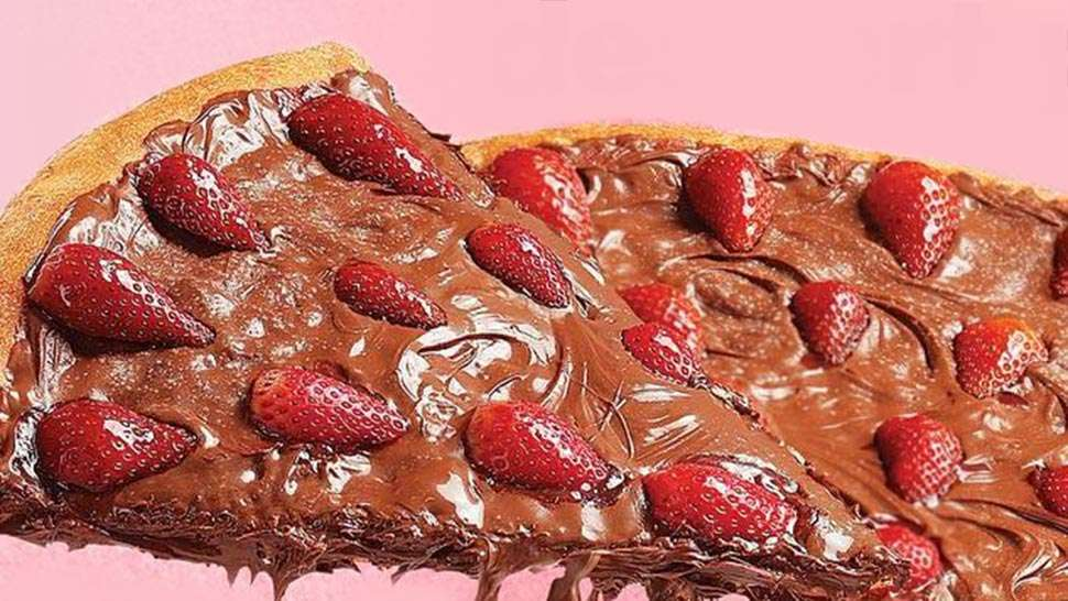 You Can Now Buy Strawberry Nutella Pizza At S&r!
