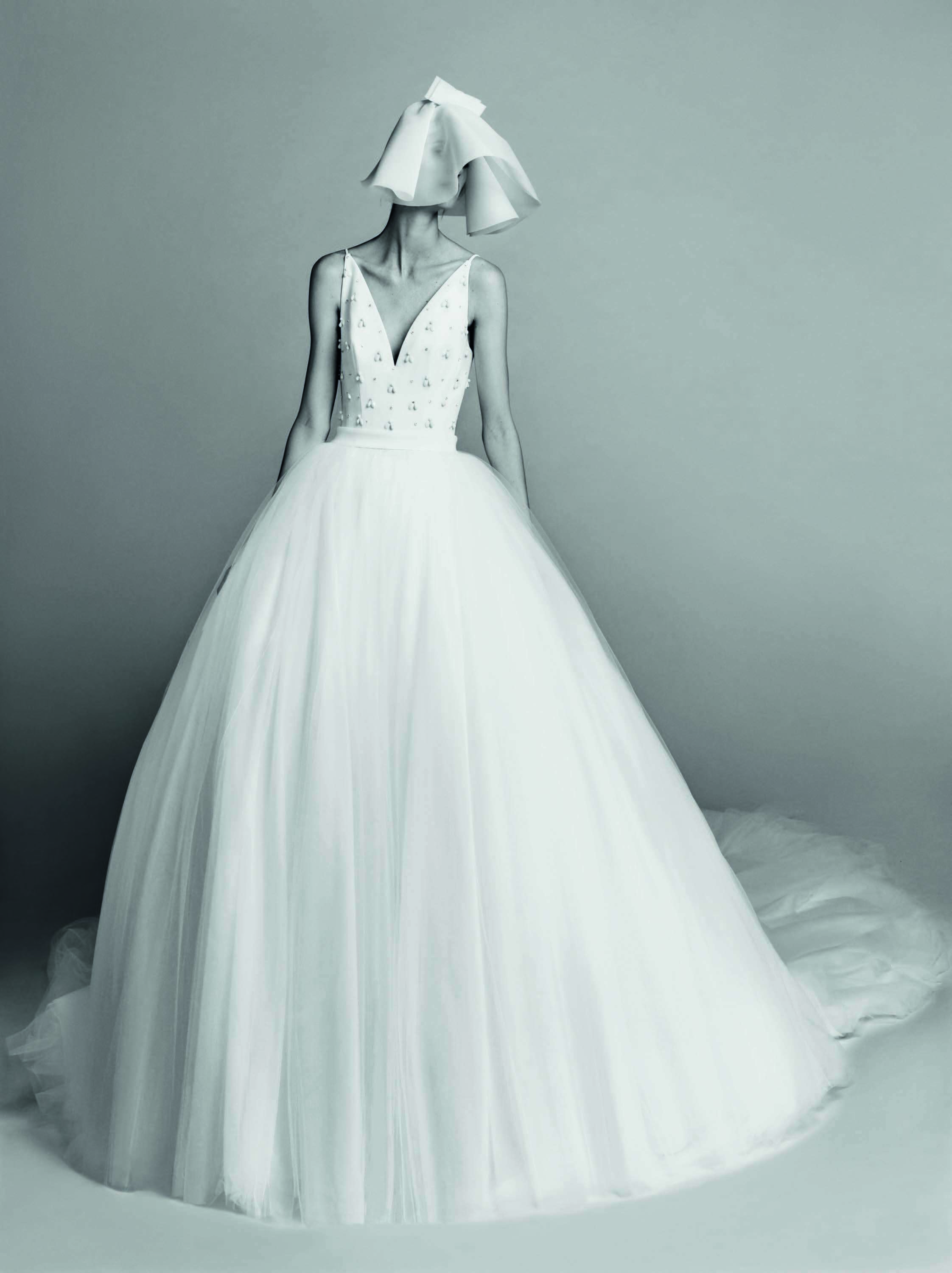 "45 Dreamy Wedding Gowns That Will Make You Want to Say ""I Doâ ..."