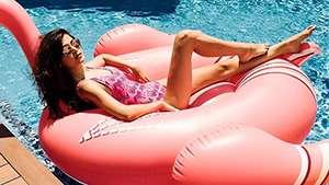 7 Ways To Brighten Your Bikini Area