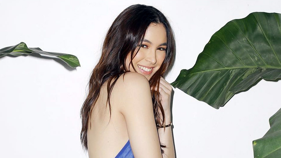 LOTD: How to Properly Fake a Tan, According to Julia Barretto