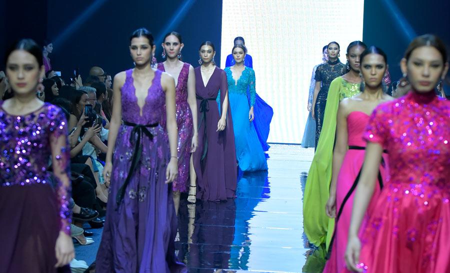 Manila Fashion Fest - The Next: Veejay Floresca's Enchanted