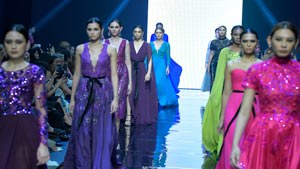 Manila Fashion Fest - The Next: Veejay Floresca's Enchanted