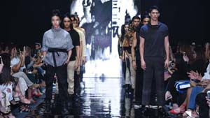 Manila Fashion Fest - The Next: Darirué's Ephesians 6:12