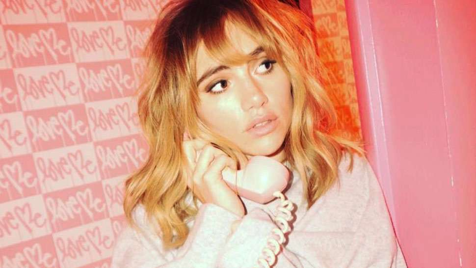 """Suki Waterhouse Fronts Laura Mercier's New Campaign as Its First-Ever """"Mercier Muse"""""""
