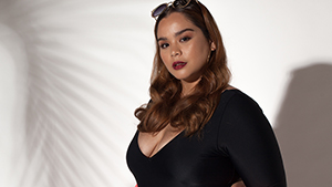 This Curvy Model Is Not Afraid To Call You Out On Your Mean Comments