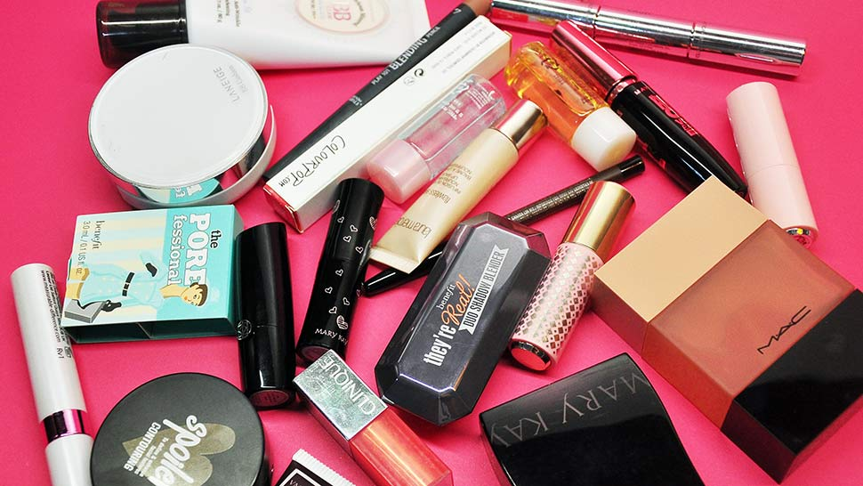5 Telltale Signs That You're Buying A Fake Beauty Product