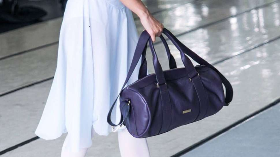 15 Chic and Roomy Bags That Your Mom Will Love