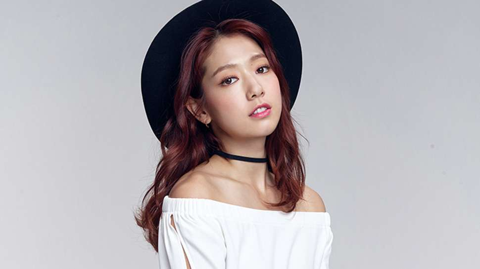 Park Shin Hye Is the Newest Face of Bench