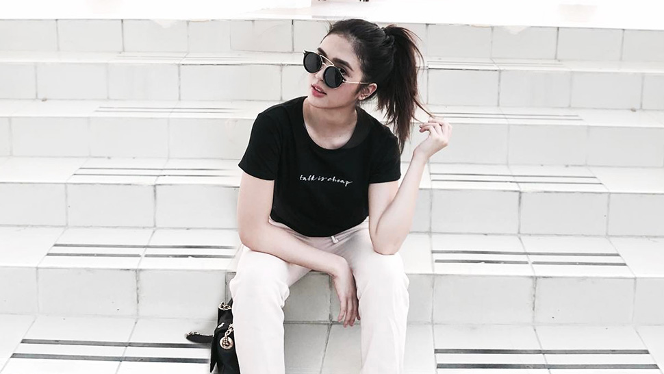 Here's How Your Favorite Celebs Are Wearing The Basic T-shirt