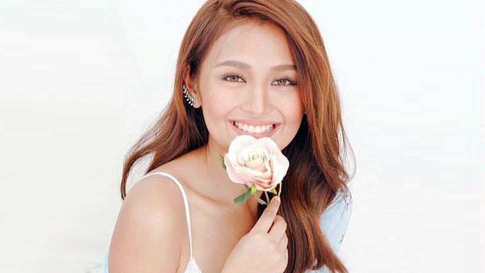 Kathryn Bernardo Just Opened Her Own Nail Salon