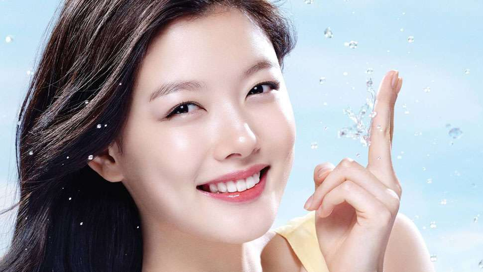 Here's The 10-step Skin Care Routine Koreans Swear By