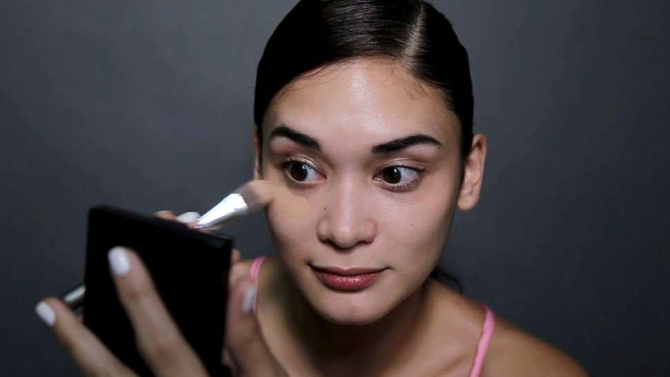 Here's How Pia Wurtzbach Does Her No-makeup Look
