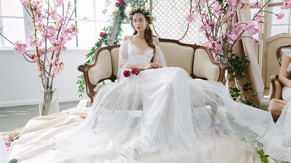 10 Wedding Dress Trends for the Fashion-Forward Bride