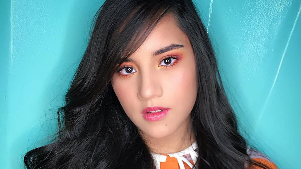 LOTD: Juliana Gomez Redefines Being Pretty in Pink
