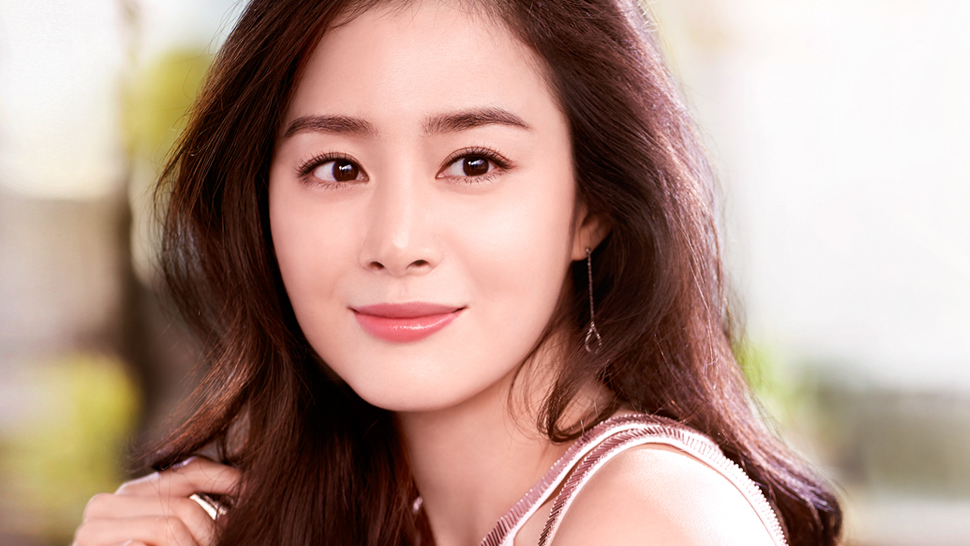 We Finally Found Out Kim Tae Hee's Beauty Secrets