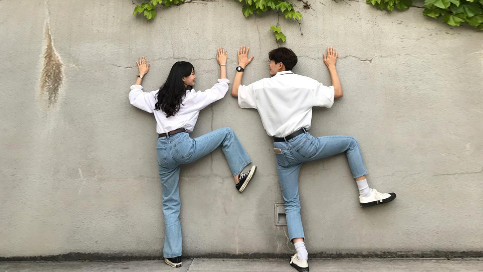 This Korean Couple Posts The Cutest Twinning Ootds