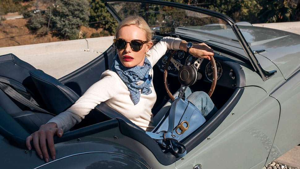 9 Things A Fashion Girl Should Always Keep In Her Car