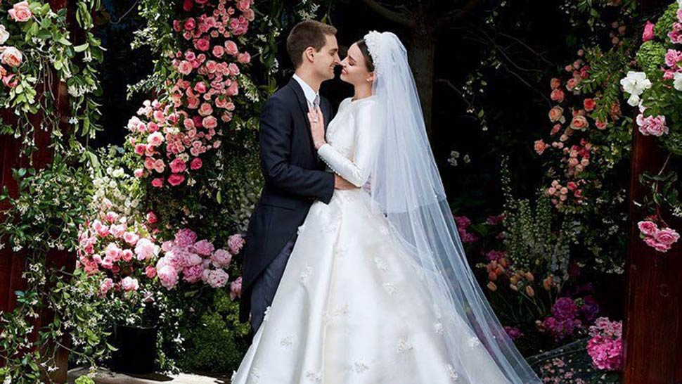 LOTD: Miranda Kerr Is a Stunning Bride in Dior Haute Couture
