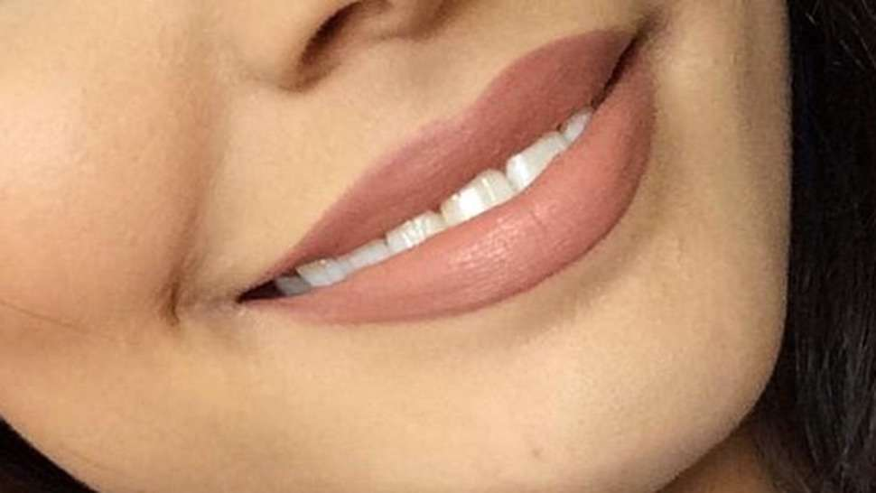 This Affordable Nude Lipstick Is Extremely Popular On Pinterest