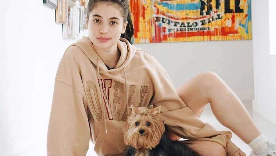 LOTD: Anne Curtis Has a Cool Trick to Looking Tall in Oversized Pieces