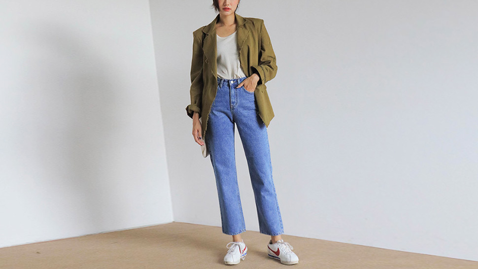 10 Perfect Pairs Of Mom Jeans You Can Shop Right Now