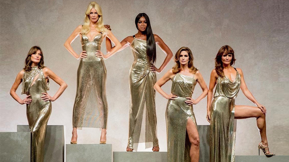 Versace's Most Epic Runway Finale Reunites The '90s Supermodels