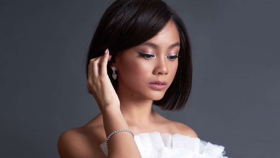 Here's How To Pull Off A Blunt Bob Like Ylona Garcia