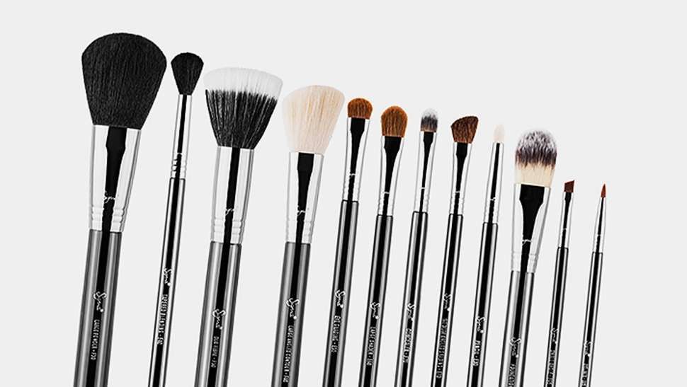 5 Signs It's Time to Replace Your Makeup Brushes