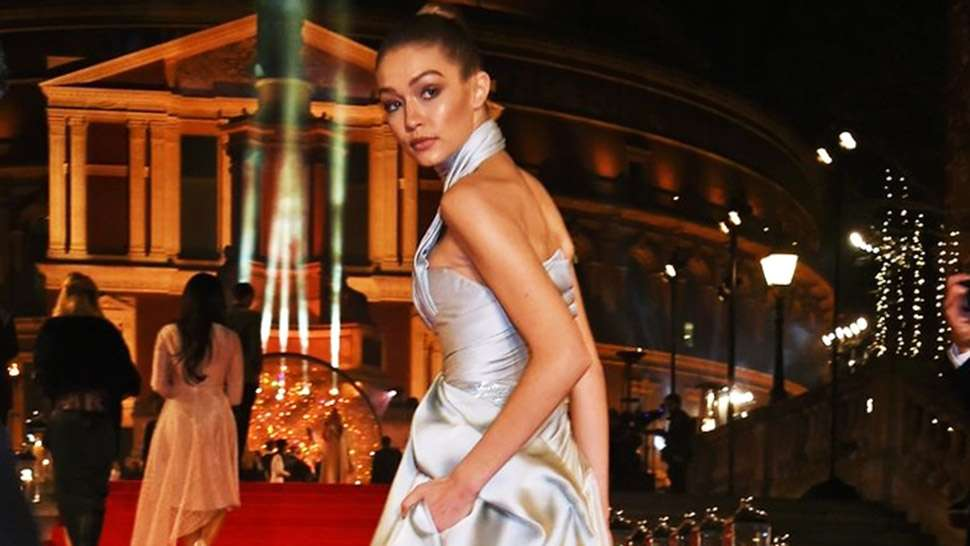 Lotd: You Have To See Gigi Hadid's Modern Cinderella Moment